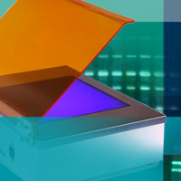 ترانسلومیناتور نور آبی